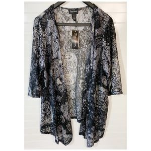 NWT Maggie Barnes Sheer Lace Cover